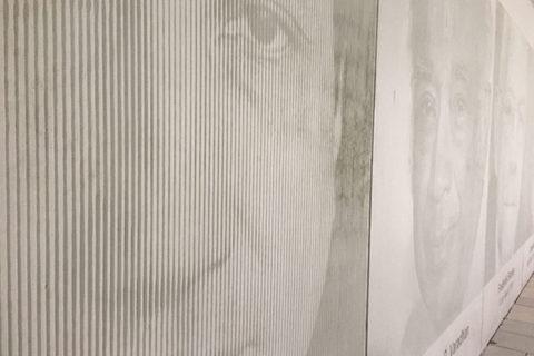 Imprimere un immagine nel muro in calcestruzzo